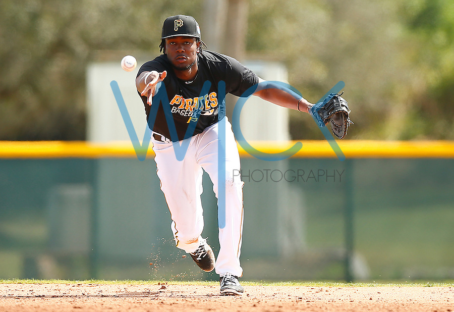 Josh Bell #55 of the Pittsburgh Pirates works out during spring training at Pirate City in Bradenton, Florida on February 20, 2016. (Photo by Jared Wickerham / DKPS)