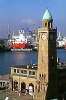 Deutschland, Hamburg, St. Pauli Landungsbrücken