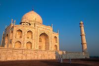 Taj Mahal, erbaut ab 1631 von Shah Jahan fuer seine Frau Mumtaz Mahal,  in Agra (Uttar Pradesh), Indien,  Unesco-Weltkulturerbe