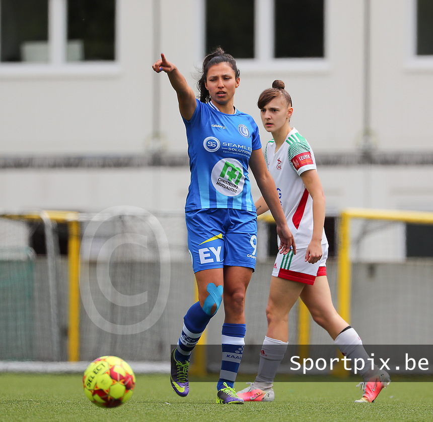 Jolet Lommen (9) of AA Gent and Zenia Mertens (6) of OHL pictured during a female soccer game between Oud Heverlee Leuven and AA Gent Ladies on the 9 th matchday of play off 1 in the 2020 - 2021 season of Belgian Womens Super League , saturday 22 nd of May 2021  in Heverlee , Belgium . PHOTO SPORTPIX.BE | SPP | SEVIL OKTEM