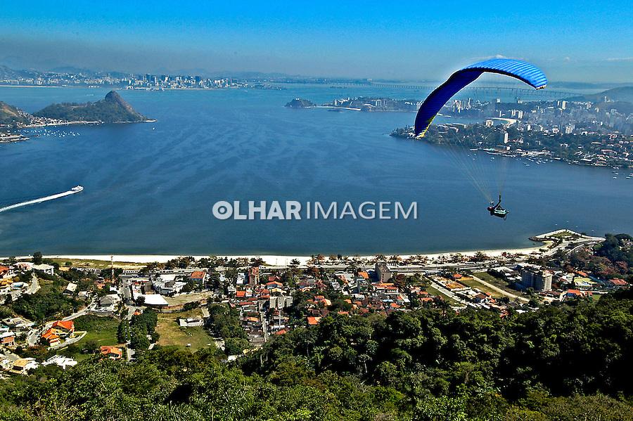 Baía de Guanabara. Rio de Janeiro. 2005. Foto de Luciana Whitaker.