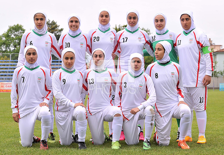 Monfalcone, Italy, April 26, 2016.<br /> IRAN first eleven players ahead of USA v Iran football match at Gradisca Tournament of Nations (women's tournament). Monfalcone's stadium.<br /> © ph Simone Ferraro / Isiphotos