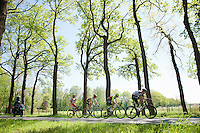 the escapees of the day underway<br /> <br /> stage 3: Nijmegen-Arnhem (NLD) 190km<br /> 99th Giro d'Italia 2016
