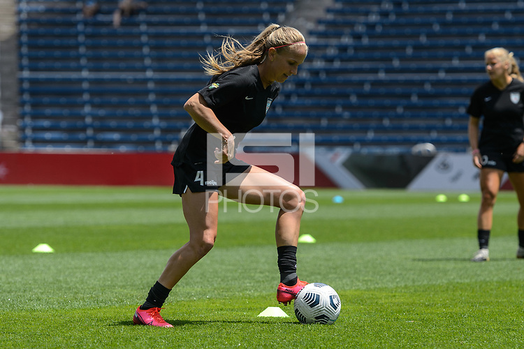BRIDGEVIEW, IL - JUNE 5: Alyssa Mautz #4 of the Chicago Red Stars warms up before a game between North Carolina Courage and Chicago Red Stars at SeatGeek Stadium on June 5, 2021 in Bridgeview, Illinois.