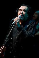 SAO PAULO, SP, 24.10.2014 - Show do músico Paulinho Boca (ex-Novos Baianos) onde cantou sucessos do seu antigo grupo, no Centro Cultural São Paulo, na avenida Vergueiro, nesta sexta-feira, 24 ( Gabriel Soares/ Brazil Photo Press)