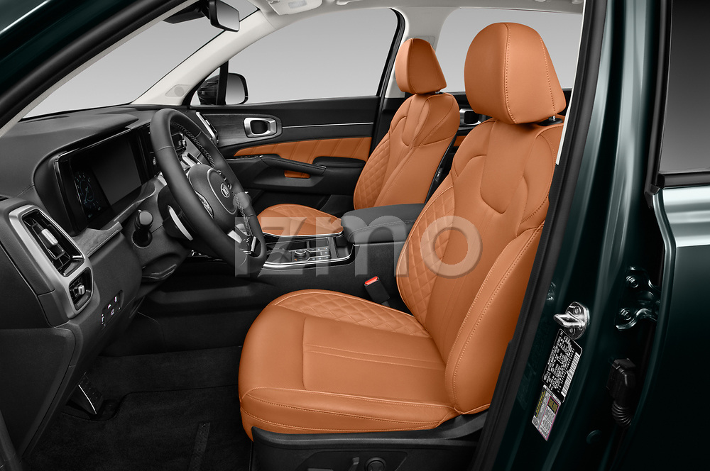 Front seat view of 2021 KIA Sorento SX 5 Door SUV Front Seat  car photos