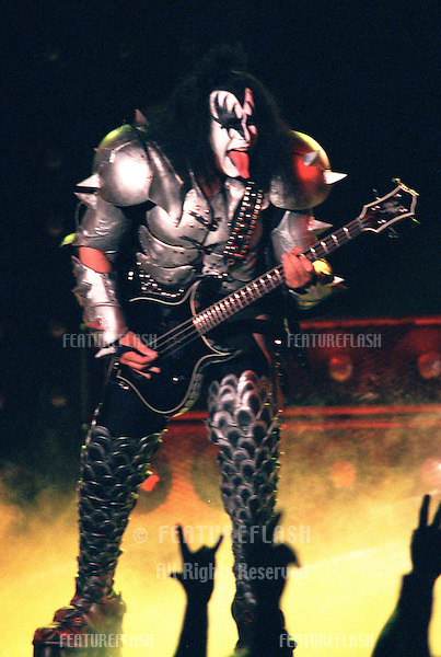 """29OCT99: GENE SIMMONS of rock supergroup KISS on stage at the MGM Grand, Las Vegas, for their concert staged by new internet company Pixelon.com as part of their """"iBash99"""".    .© Paul Smith / Featureflash"""