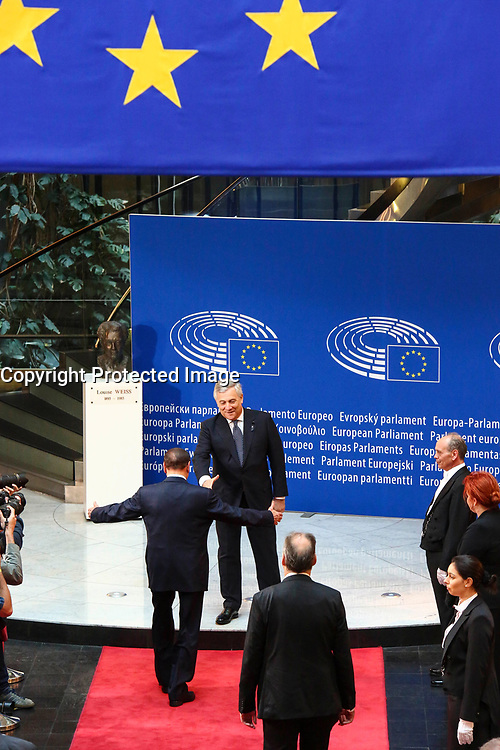 European Ceremony of Honour for Dr. Helmut KOHL, Former Chancellor of the Federal Republic of Germany and Honorary Citizen of Europe (1930 - 2017) at the European Parliament in Strasbourg - Silvio BERLUSCONI, Former Italian Prime Minister, on the left, welcomed by Antonio TAJANI, EP President # CEREMONIE D'HOMMAGE A HELMUT KOHL AU PARLEMENT EUROPEEN