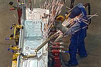 Industria de caminhoes Volvo. Curitiba. Parana. 2009. Foto de Joao Urban.