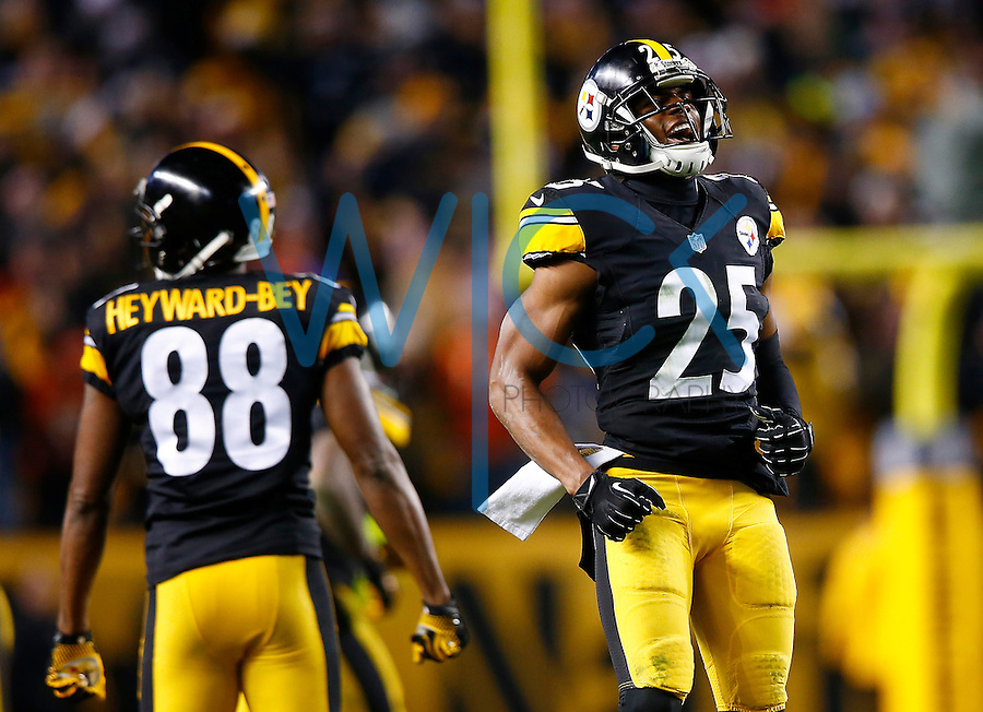 Brandon Boykin #25 of the Pittsburgh Steelers is congratulated by teammate Darrius Heyward-Bey #88 of the Pittsburgh Steelers following a fourth down stop in the second half against the Denver Broncos during the game at Heinz Field on December 20, 2015 in Pittsburgh, Pennsylvania. (Photo by Jared Wickerham/DKPittsburghSports)