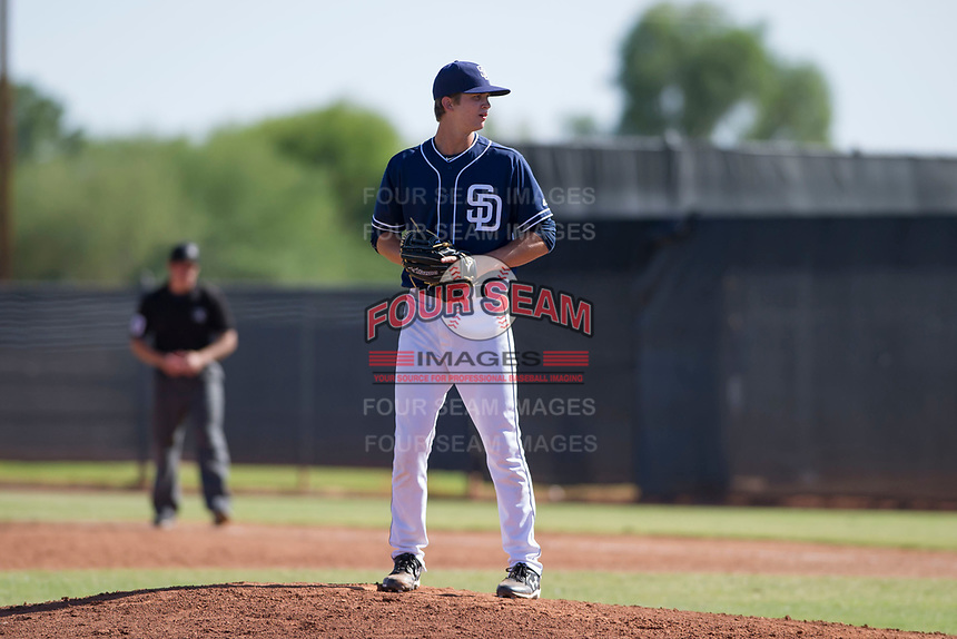 San Diego Padres pitcher Chandler Newman (89) prepares to deliver a pitch to the plate during an Instructional League game against the Milwaukee Brewers on September 27, 2017 at Peoria Sports Complex in Peoria, Arizona. (Zachary Lucy/Four Seam Images)