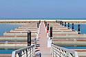 Doha Qatar novembre 2010. Il nuovo sviluppo immobiliare The Pearl. Una parte è liberamente ispirata all'architettura di Venezia. The new real estate development The Pearl a part of which is freely inspired by Venezia's architecture.