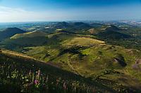 Europe/France/Auverne/63/Puy-de-Dôme/Parc Naturel Régional des Volcans: Depuis le Sommet du Puy de Dome  vue sur la Chaîne des Puys