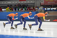 SPEEDSKATING: 07-12-2018, Tomaszów Mazowiecki (POL), ISU World Cup Arena Lodowa, Team Pursuit Ladies, Melissa Wijfje, Ireen Wüst, Lotte van Beek, Netherlands, ©photo Martin de Jong
