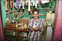 2006- Inde- désert du Rajasthan, commerçant.