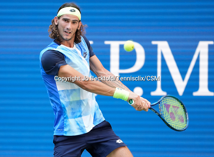 September  8, 2021:   Lloyd Harris (RSA) loses to Alexander Zverev (GER),7-6, 6-3, 6-4 at the US Open being played at Billy Jean King National Tennis Center in Flushing, Queens, New York, {USA} ©Jo Becktold/Tennisclix/CSM