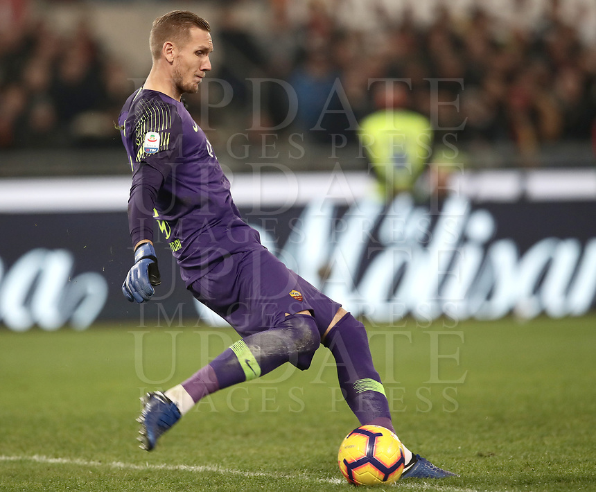 Football, Serie A: AS Roma - InterMilan, Olympic stadium, Rome, December 02, 2018. <br /> Roma's goalkeeper Robin Olsen in action during the Italian Serie A football match between Roma and Inter at Rome's Olympic stadium, on December 02, 2018.<br /> UPDATE IMAGES PRESS/Isabella Bonotto