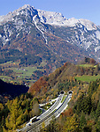 Oesterreich, Salzburger Land, Autobahn A10, Zetzenbergtunnel, Hagengebirge | Austria, Salzburger Land, freeway A10, Zetzenberg tunnel, Hagen mountains