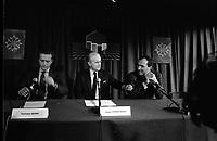 Le 10 Octobre 1987. Vue de Dominique Baudis, Jacques Chaban-Delmas et Jacques Blanc lors d'une conférence de Presse.<br /> <br /> Jacques Chaban-Delmas, souvent surnommé « Chaban », né Jacques Delmasa le 7 mars 1915 à Paris 13e et mort le 10 novembre 2000 à Paris 7e, est un résistant, général de brigade et homme d'État français.<br /> <br /> Considéré comme l'un des « barons du gaullisme », il est notamment maire de Bordeaux de 1947 à 1995, ministre sous la IVe République et président de l'Assemblée nationale à trois reprises entre 1958 et 1988.<br /> <br /> Premier ministre de 1969 à 1972, sous la présidence de Georges Pompidou,