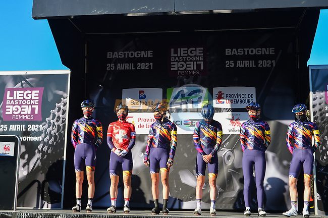 Canyon//SRAM Racing at the team presentations before the start of Liege-Bastogne-Liege Femmes 2021, running 141km from Bastogne to Liege, Belgium. 25th April 2021.  <br /> Picture: A.S.O./Gautier Demouveaux   Cyclefile<br /> <br /> All photos usage must carry mandatory copyright credit (© Cyclefile   A.S.O./Gautier Demouveaux)