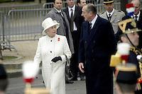 La Reine Elizabeth 2 recus par Jacque Chirac au Palais de l'Elysee # #JACQUES CHIRAC