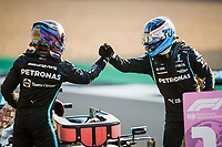 16th July 2021; Silverstone Circuit, Silverstone, Northamptonshire, England; Formula One British Grand Prix, and Qualifying;  HAMILTON Lewis (gbr), Mercedes AMG F1 GP W12 E Performance shakes hands with  BOTTAS Valtteri (fin), Mercedes AMG F1 GP W12 E Performance