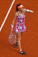 France, Paris, 25.05.2014. Tennis, Roland Garros, Agnieszka Radwanska (POL) kissing the crowd<br /> Photo:Tennisimages/Henk Koster