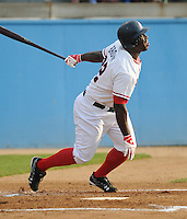 June 21, 2008: Outfielder Dee Brown (32) of the Potomac Nationals, Carolina League affiliate of the Washington Nationals, in a game against the Frederick Keys at G. Richard Pfitzner Stadium in Woodbridge, Va. Photo by:  Tom Priddy/Four Seam Images