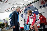 Tour of Belgium 2013.stage 3: iTT..fitness coach Paul Vandenbosh checking in on André Greipel (DEU).