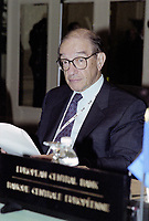 US Federal Reserve System, Board of Governors' Chairman Alan Greenspan attend the Summit of G-20 Countries in Ottawa on Saturday, November 17, 2001.<br /> <br /> PHOTO : Agence Quebec Presse