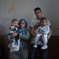 16 septiembre 2015. Melilla <br /> Batuja y Faruk son hermanos y refugiados sirios. El marido de ella está en Turquía muy enfermo y la mujer de él en Siria. Los hermanos y sus hijos de corta edad permanecen en el Centro de Estancia Temporal de Inmigrantes (Ceti). La ONG Save the Children exige al Gobierno español que tome un papel activo en la crisis de refugiados y facilite el acceso de estas familias a través de la expedición de visados humanitarios en el consulado español de Nador. Save the Children ha comprobado además cómo muchas de estas familias se han visto forzadas a separarse porque, en el momento del cierre de la frontera, unos miembros se han quedado en un lado o en el otro. Para poder cruzar el control, las mafias se aprovechan de la desesperación de los sirios y les ofrecen pasaportes marroquíes al precio de 1.000 euros. Diversas familias han explicado a Save the Children cómo están endeudadas y han tenido que elegir quién pasa primero de sus miembros a Melilla, dejando a otros en Nador.  © Save the Children Handout/PEDRO ARMESTRE - No ventas -No Archivos - Uso editorial solamente - Uso libre solamente para 14 días después de liberación. Foto proporcionada por SAVE THE CHILDREN, uso solamente para ilustrar noticias o comentarios sobre los hechos o eventos representados en esta imagen.<br /> Save the Children Handout/ PEDRO ARMESTRE - No sales - No Archives - Editorial Use Only - Free use only for 14 days after release. Photo provided by SAVE THE CHILDREN, distributed handout photo to be used only to illustrate news reporting or commentary on the facts or events depicted in this image.