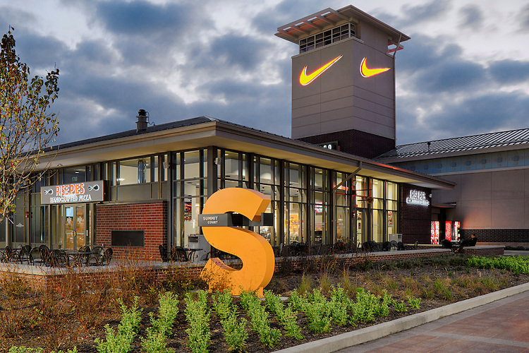 Chicago Premium Outlets   FRCH