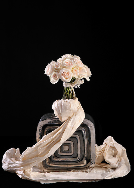 Contemporary flower arrangement of pink roses by floral artist Tomasi Boselawa