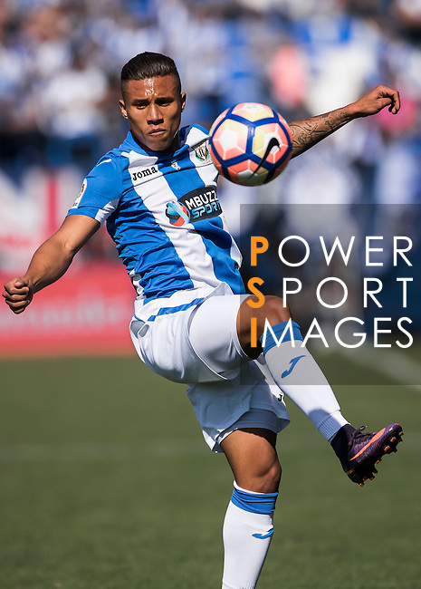 Darwin Machis of Deportivo Leganes in action during their La Liga match between Deportivo Leganes and Sevilla FC at the Butarque Municipal Stadium on 15 October 2016 in Madrid, Spain. Photo by Diego Gonzalez Souto / Power Sport Images