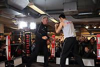 Felix Sturm (D) beim Training mit Fritz Sdunek
