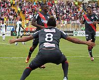 BOGOTA-COLOMBIA-03 -11-2013 : Edison Toloza  del Atletico Junior celebra su gol contra de La Equidad Seguros , durante partido por la fecha 17 de la Liga Postobon II-2013 ,jugado en el estadio Metroplitano de Techo de la ciudad de Bogota./ Edison Toloza  Atletico Junior celebrates his goal against La Equidad Seguros , during match 17 date Postobon League II-2013, played at the Metropolitano Techo  Stadium Bogota City.Pohoito:VizzorImage / Felipe Caicedo / Staff
