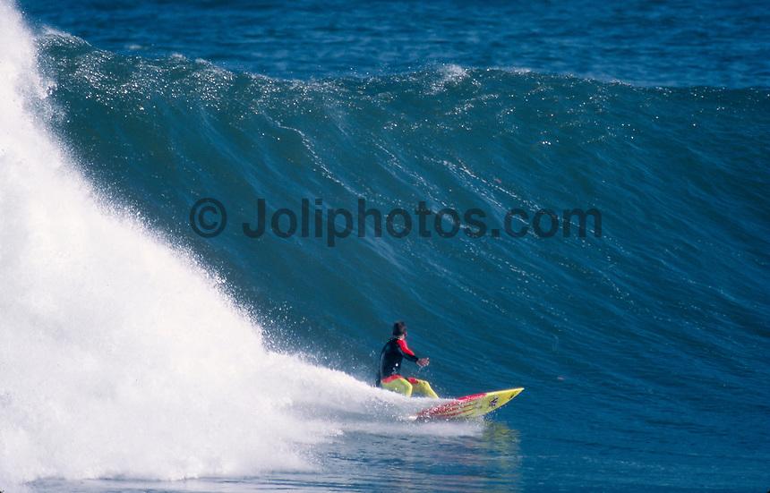 Gary Elkerton (AUS), surfing Mundaka river-mouth during an epic swell in November 1989. Mundaka, Basque Country, Spain. Photo: joliphotos.com