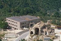 - September 1990, Irpinia reconstruction after the earthquake of 1980, the new town hall of Santomenna<br /> <br /> - settembre 1990, ricostruzione in Irpinia dopo il terremoto del 1980, il nuovo municipio di Santomenna