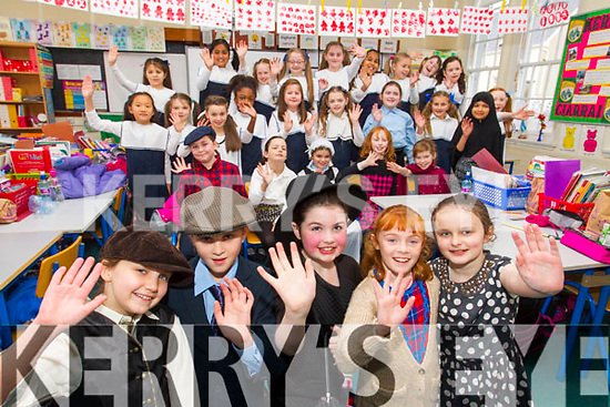 Students from Presentation Primary School, Tralee in rehearsals for their Christmas Play Mary Poppins were l-r: Eleanor Murphy, Lauren O'Driscoll, Alisha Daughton, Grainne Clifford and Saoirse Doyle.