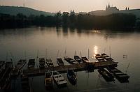 Karlsbrücke in Prag, Tschechien, Unesco-Weltkulturerbe
