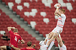 James Rodwell of England catches the ball during the match Canada vs England, Day 2 of the HSBC Singapore Rugby Sevens as part of the World Rugby HSBC World Rugby Sevens Series 2016-17 at the National Stadium on 16 April 2017 in Singapore. Photo by Victor Fraile / Power Sport Images