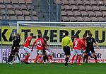 Fussball - 3.Bundesliga - Saison 2020/21<br /> Kaiserslautern -  Fritz-Walter-Stadion 07.04.2021<br /> 1. FC Kaiserslautern (fck)  - FSV Zwickau (zwi) 2:2<br /> aus einem Chaos in lauterer Strafraum entstand der Ausgleich zum 2:2<br /> <br /> Foto © PIX-Sportfotos *** Foto ist honorarpflichtig! *** Auf Anfrage in hoeherer Qualitaet/Aufloesung. Belegexemplar erbeten. Veroeffentlichung ausschliesslich fuer journalistisch-publizistische Zwecke. For editorial use only. DFL regulations prohibit any use of photographs as image sequences and/or quasi-video.