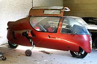 Rare Ecomobile designed by a madcap inventor sold for over £11,000.