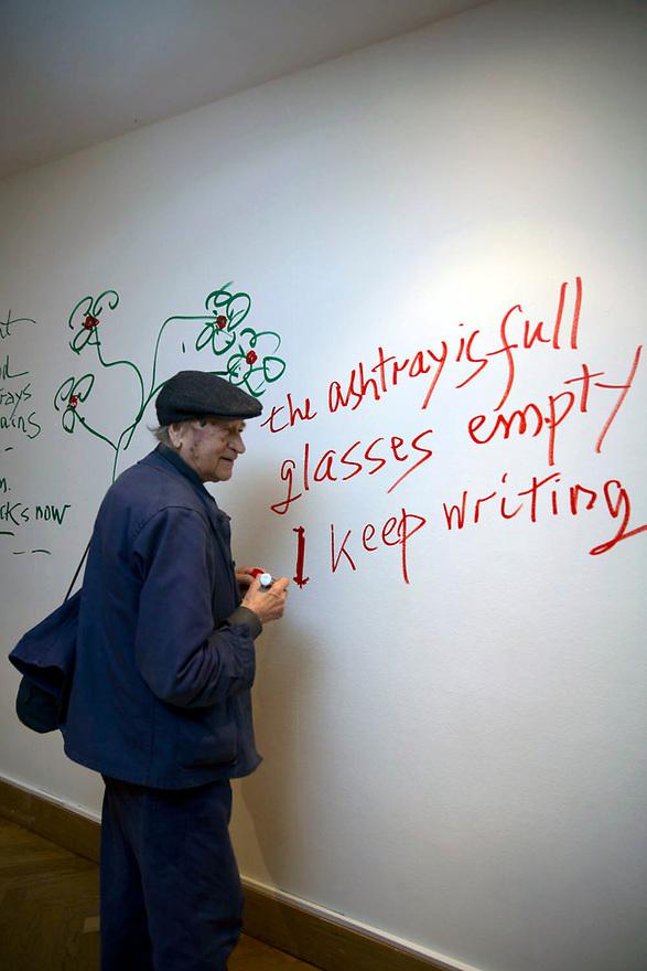 Jonas Mekas lithuanian director filmmaker in a opening of his exhibition in Brussels. Belgium.