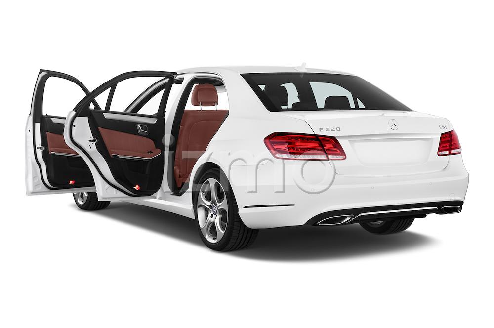 Car images of a 2015 Mercedes Benz Classe E E220 4 Door Sedan 2WD Doors