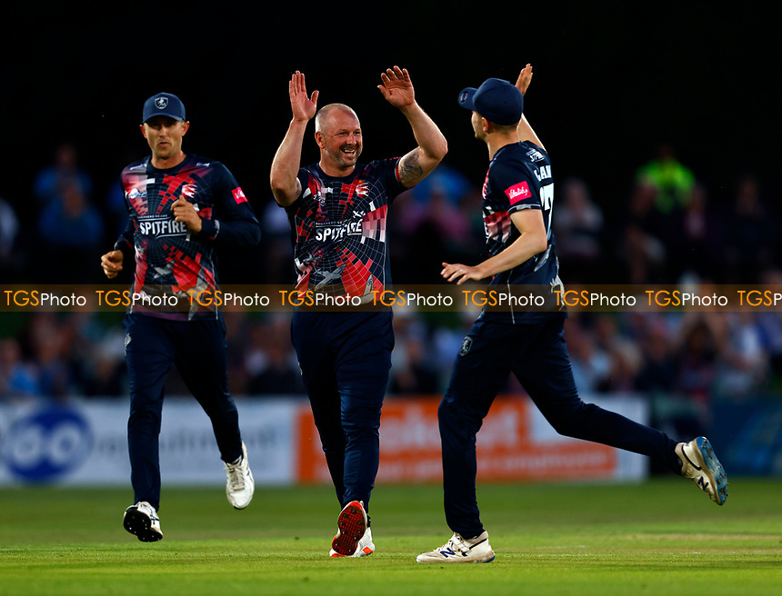 Darren Stevens of Kent celebrates taking the wicket of James Vince during Kent Spitfires vs Hampshire Hawks, Vitality Blast T20 Cricket at The Spitfire Ground on 9th June 2021