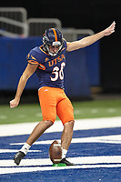 SAN ANTONIO, TX - SEPTEMBER 25, 2020: The University of Texas at San Antonio Roadrunners defeat the Middle Tennessee State University Blue Raiders 37-35 at the Alamodome (Photo by Jeff Huehn).