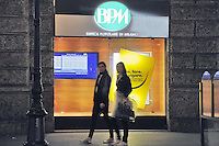 - Milan, bank Banca Popolare di Milano in Dante street....- Milano, Banca Popolare di Milano in via Dante