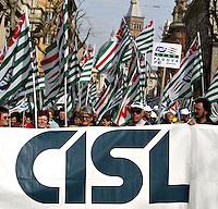 Roma 3/4/2004 Manifestazione Nazionale sindacati dei Pensionati <br /> Contro il Carovita, Per il Potere d'acquisto delle Pensioni, Per la tutela dei non autosufficienti. <br /> Foto Andrea Staccioli Insidefoto