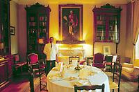 - Cognac, inside of Bagnolet castle....- Cognac, interno del castello di Bagnolet